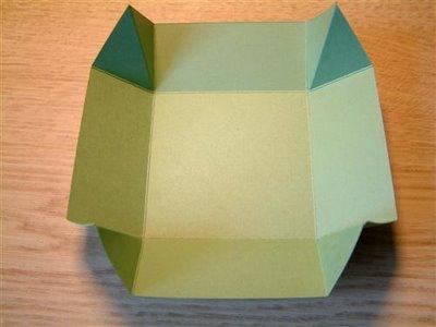 افكار عمل مطويات -افكار جديده لعمل مطويات box11.jpg